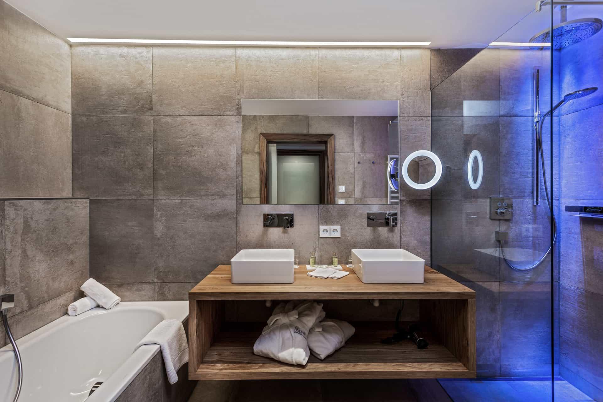 hotel-neuhaus-2
